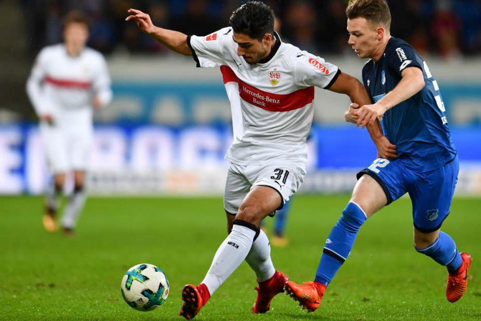 Hoffenheims Dennis Geiger versucht gegen den Stuttgarter Berkay Özcan den Ball zu erobern. (Symbolbild)