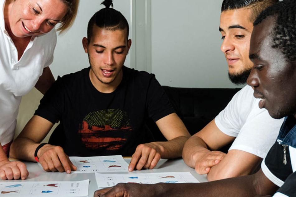 Mit der Flüchtlingswelle 2015 kamen Tausende junge Männer auch nach Österreich.