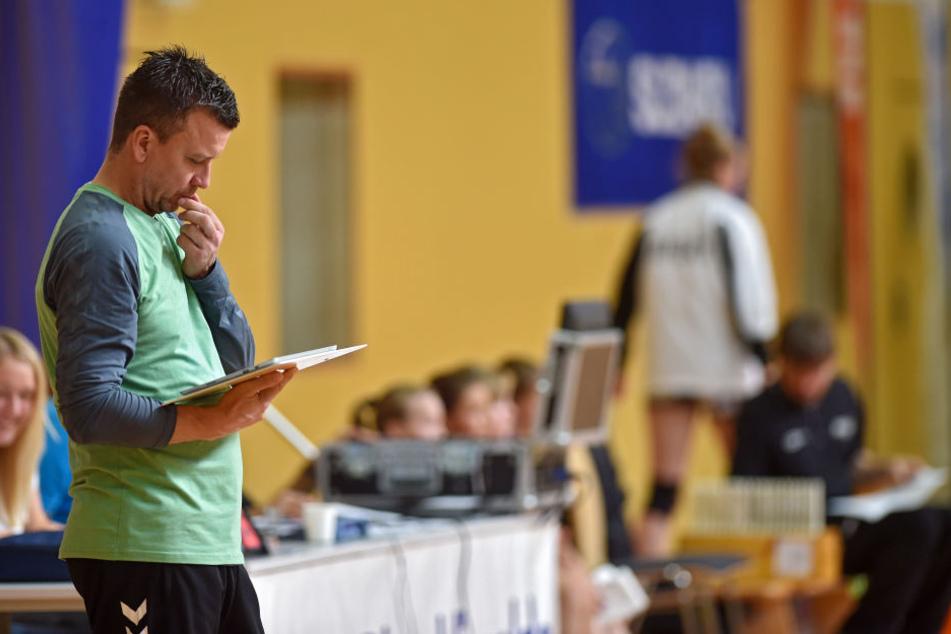 DSC-Trainer Alexander Waibl hat noch nicht alle Mädels beisammen und noch einiges an Arbeit vor sich.