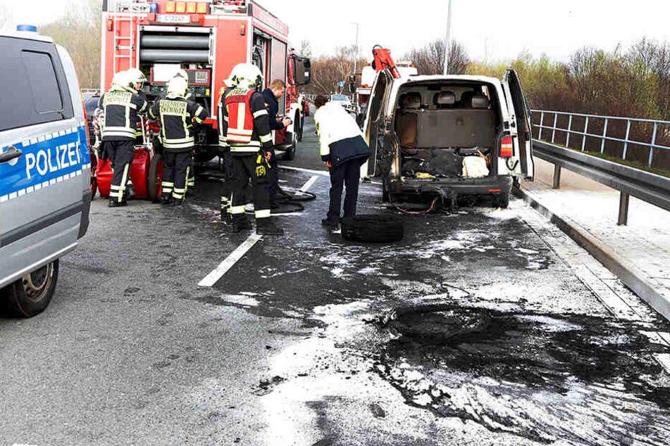 Feuerwehreinsatz an A72-Anschlussstelle: Ausfahrt blockiert