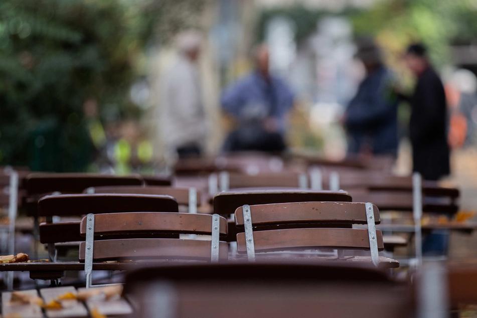 Menschen-Ansammlungen in Köln: Stadt erlässt Verweilverbote an beliebten Spots