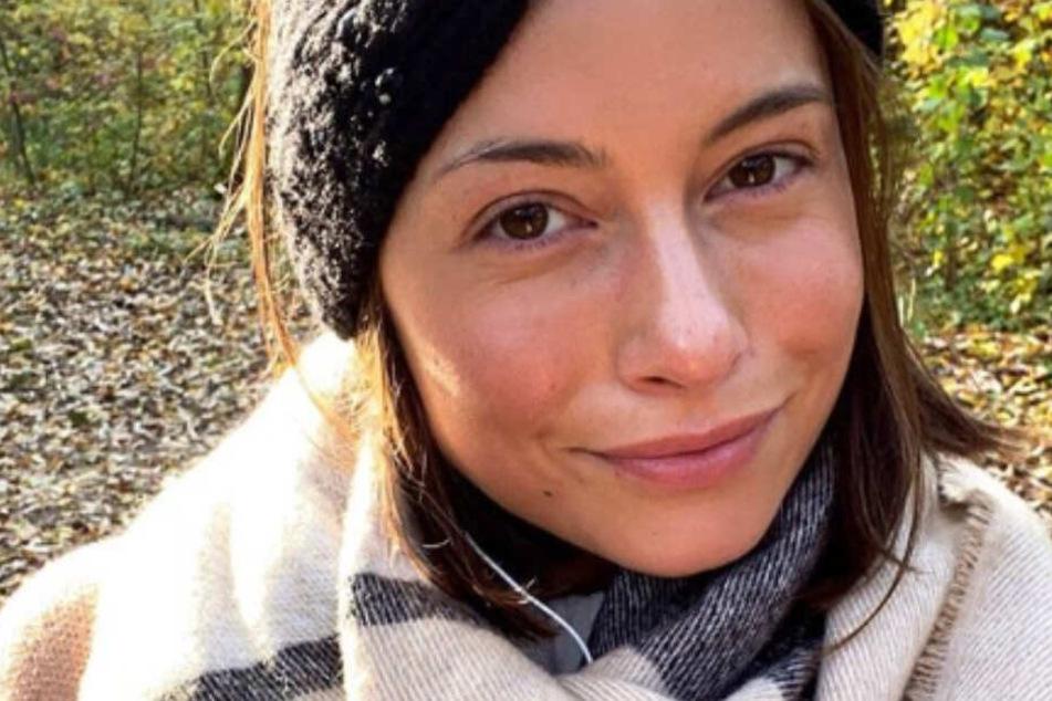 Bachelor-Babe Jennifer Lange verpasst Flug: Schuld ist ein Gegenstand im Handgepäck