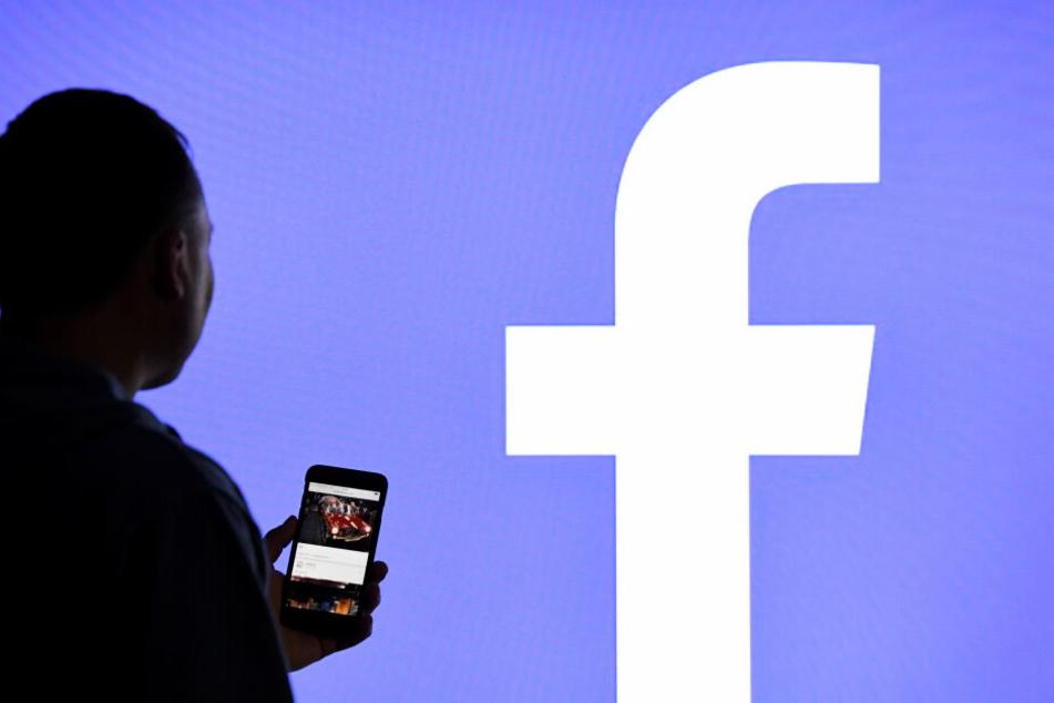 Wer gegen die Gemeinschaftsrichtlinien auf Facebook verstößt, kann gesperrt werden. (Symbolbild)