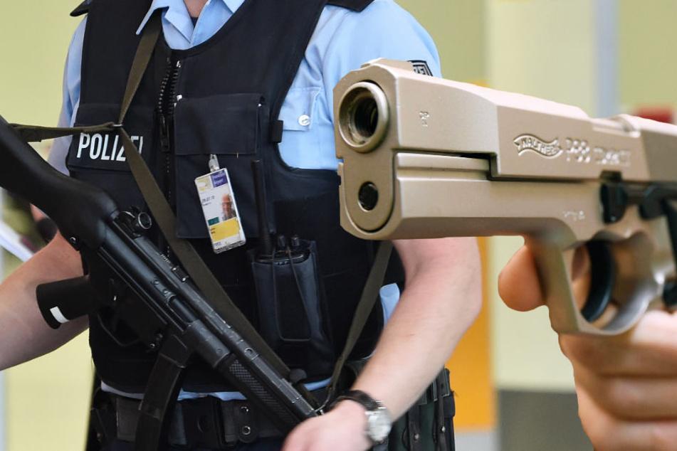 Polizei-Einsatz am Bahnhof: 41-Jähriger soll Pistole gezogen haben