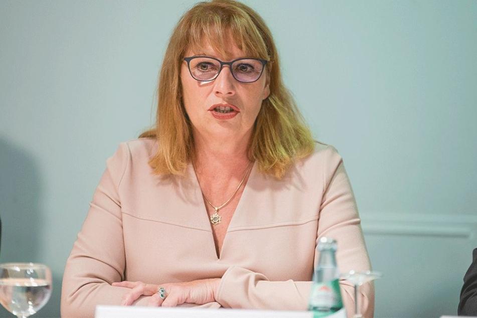 Integrationsministerin Petra Köpping (59, SPD)