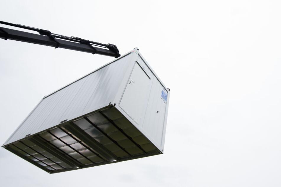 Die Container stehen künftig unter anderem an der staatlichen Verwaltungsschule in Meißen.