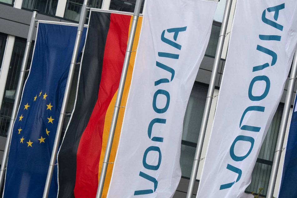 Deutschlands größter Wohnungskonzern Vonovia hat unter anderem die Mindestannahmeschwelle von 50 Prozent aus seinem Übernahmeangebot für den Konkurrenten Deutsche Wohnen gestrichen.
