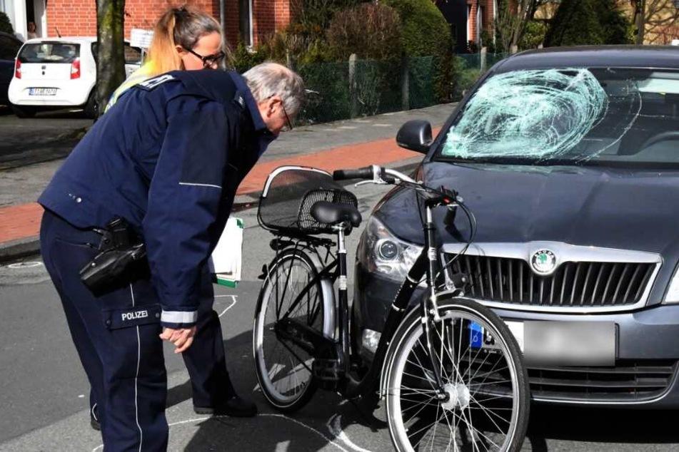 Die Polizei nahm den Unfall auf.