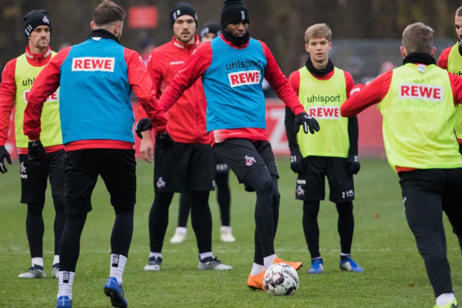 Anthony Modeste bei seinem ersten Training im Kreise der neuen Kollegen beim 1. FC Köln am Dienstag (20. November).