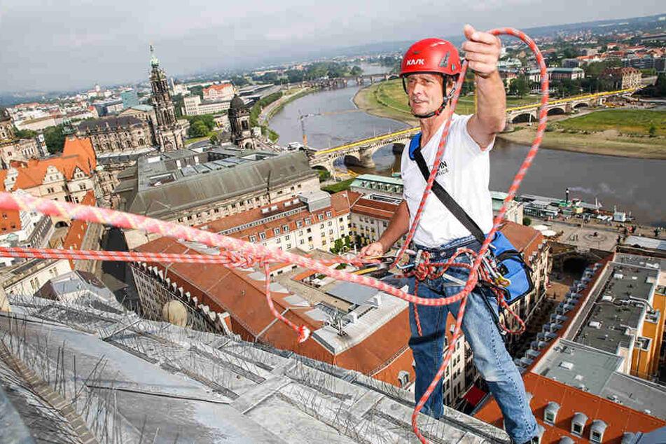 Von Höhenangst keine Spur: Alpintechniker Ralph Schulze (57).