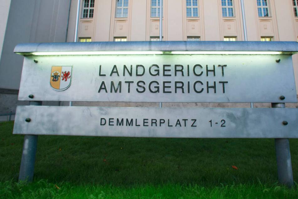 Der Prozess findet vor dem Landgericht Schwerin statt.