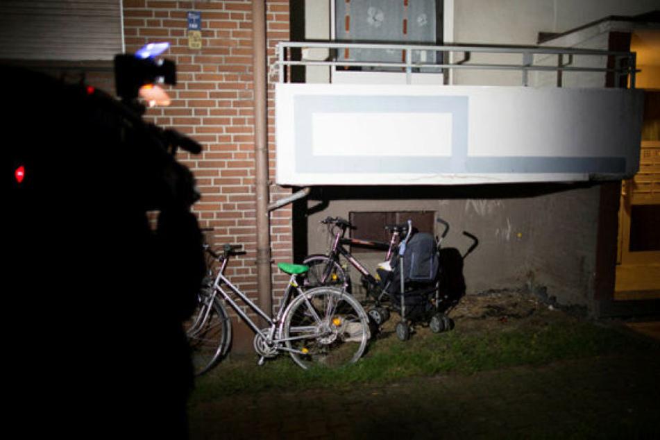 Bei einem Familiendrama in Lünen bei Dortmund sind zwei Kleinkinder im Alter von einem und vier Jahren getötet worden.