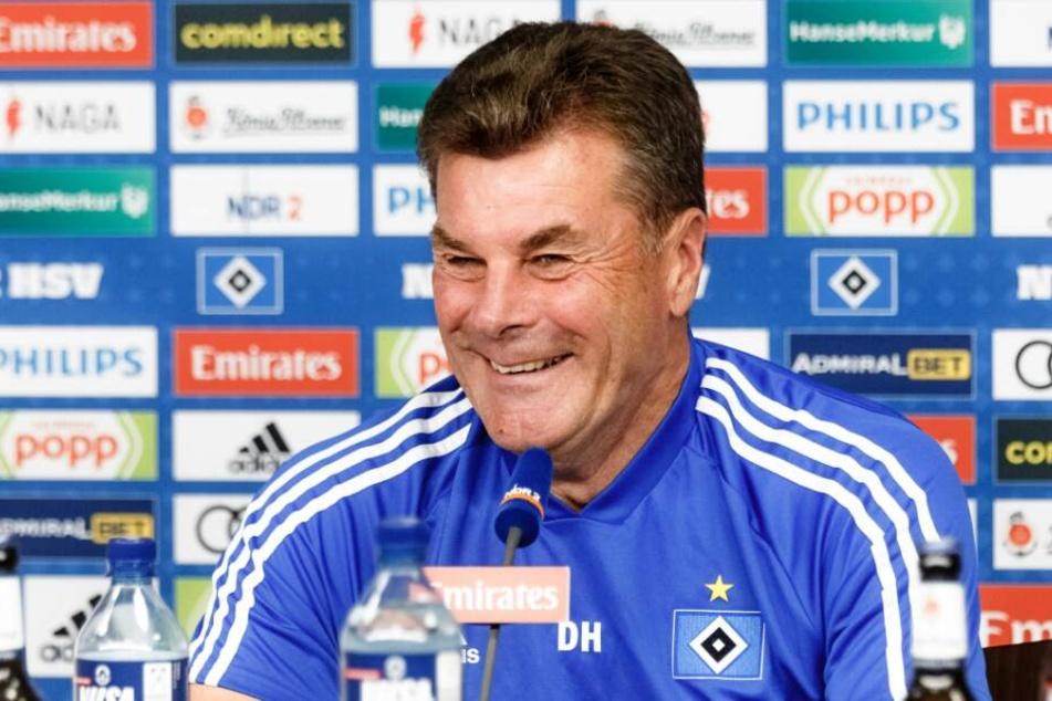 Dieter Hecking tritt mit dem HSV gegen seinen Ex-Club an.