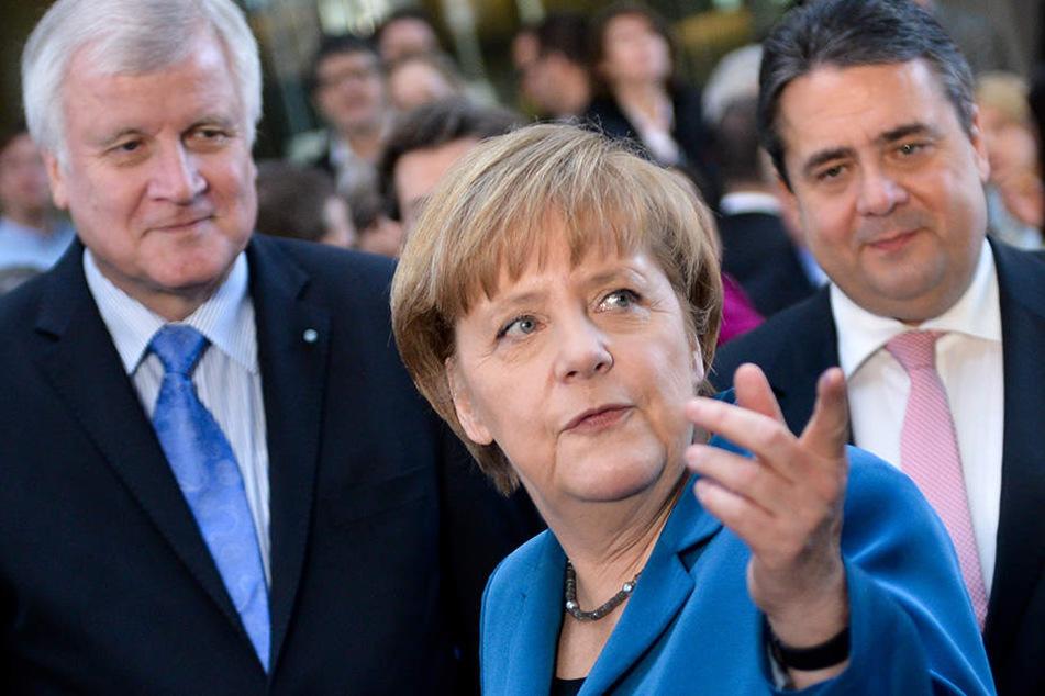 Sigmar Gabriel, Horst Seehofer und Angela Merkel konnten aus dem ausgehandelten Koalitionsvertrag von 2013 einen großen Teil der Versprechen einlösen.