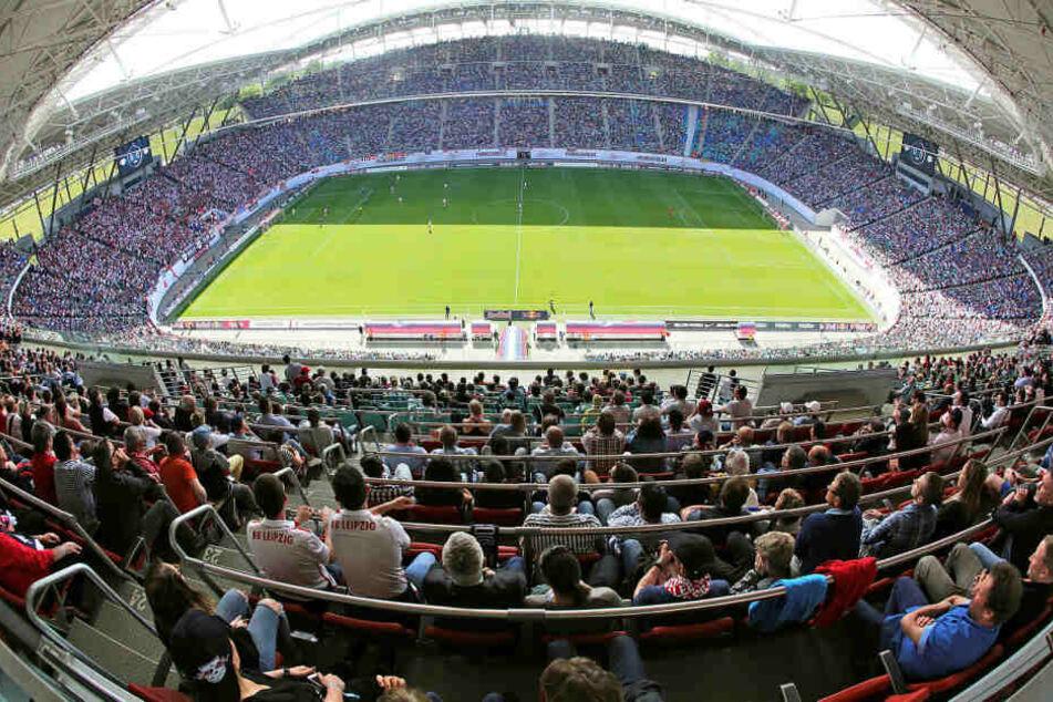 Stadionbesucher der Leipziger Red Bull Arena dürfen sich über einige Neuerungen freuen, müssen für kulinarische Leckereien aber mehr Geld bereithalten.