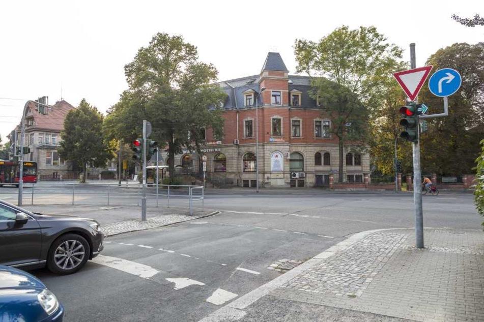 Auch diese Ampel an der Einbahnstraße am Wasaplatz steht seit Jahren nur auf  Rot.