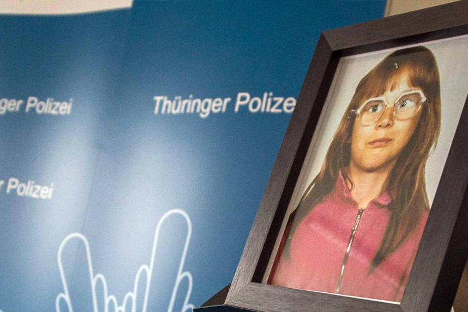 Stephanie wurde vor 27 Jahren ermordet, sie war damals gerade erst 10 Jahre alt.