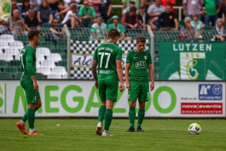 In doppelter Überzahl schoss Branden Stelmak das 1:0 kurz vor dem Ende und wahrte mit der BSG Chemie die weiße Weste in der Oberliga. (Archivbild)