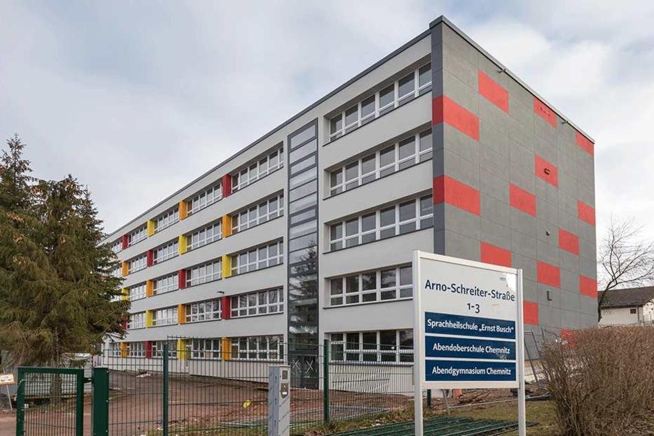 """Auch die Sprachheilschule """"Ernst Busch"""" in Chemnitz steht auf der Sanierungsliste."""