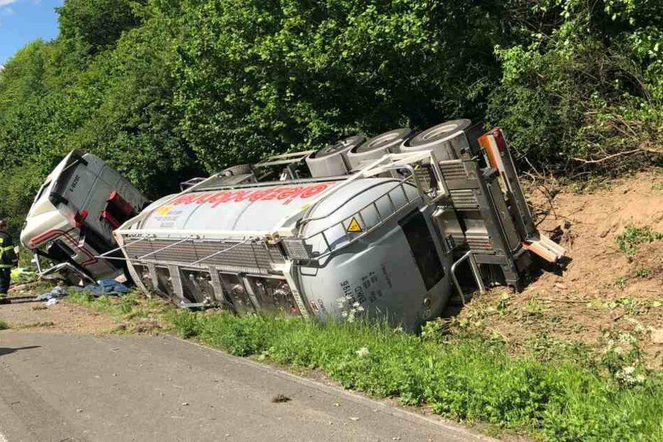 Dieser schlimme Tanklaster-Unfall sorgte für den Mega-Stau auf der A1