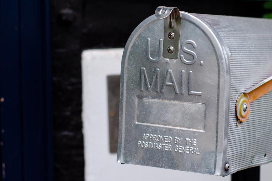 Postbote hortet Briefe in Lagerraum, weil er mit dem Druck nicht klar kommt