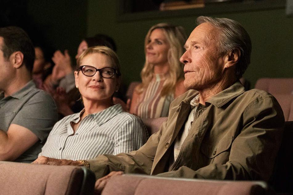 Diese Ehe ging in die Brüche: Earl Stone (r., Clint Eastwood) mit seiner Ex-Frau Mary (Dianne Wiest).