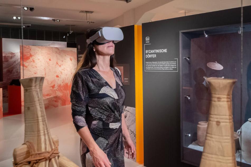Mit VR-Brillen erlebt Ihr die Sonderausstellung sehr realistisch.