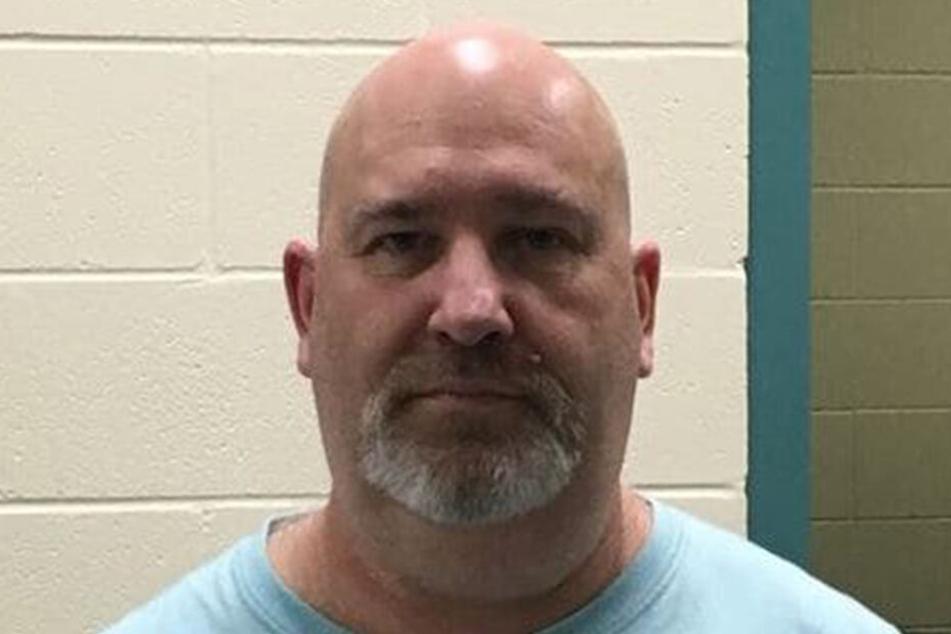 Michael Ray Hinson kümmerte sich nicht um seinen Fisch. Er kam sogar ins Gefängnis.