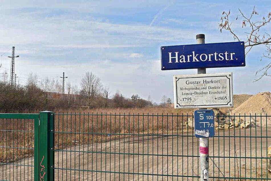 In letzter Minute steht der Rettungsplan: Möglichst an der Harkortstraße soll eine neue Schwimmhalle entstehen.