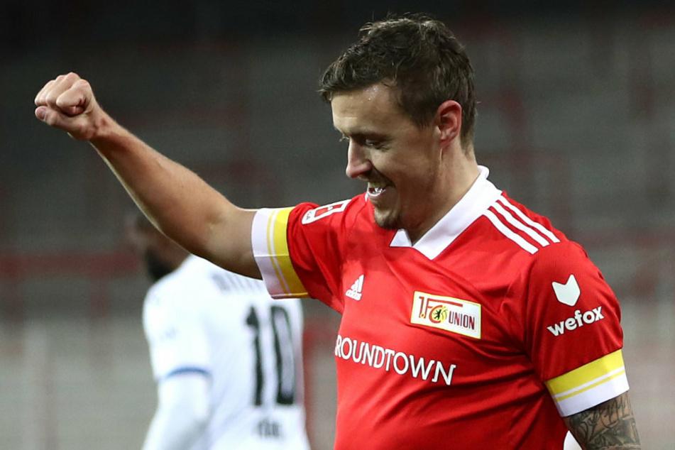 Unions Max Kruse (32) bejubelt seinen Elfmeter-Treffer zum 4:0 gegen Arminia Bielefeld. Der Star-Stürmer der Eisernen wurde vom Kicker zum Spieler des Spieltags gewählt.
