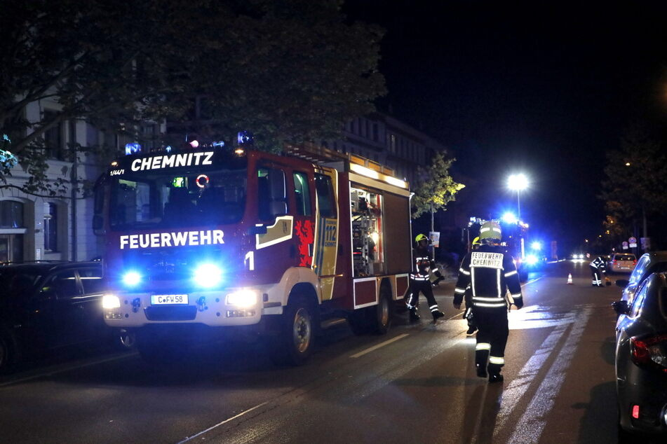 Die Brandserie hält die Feuerwehr in Chemnitz derzeit in Atem.