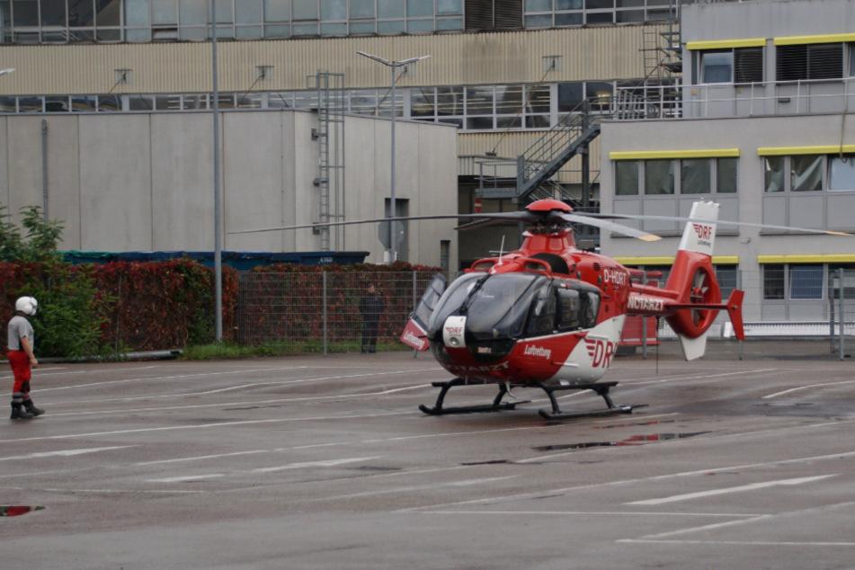 Arbeiter wird bei Unfall in Daimler-Werk schwer verletzt