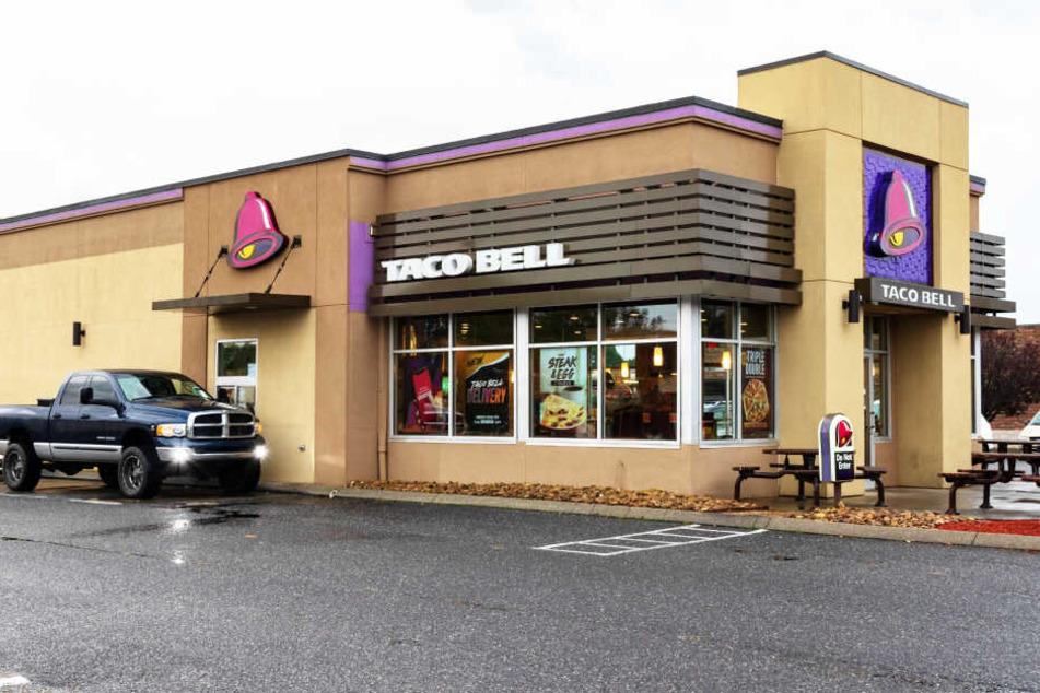 Am Drive-Thru-Schalter eines Taco Bell geschah der Überfall. (Symbolbild)
