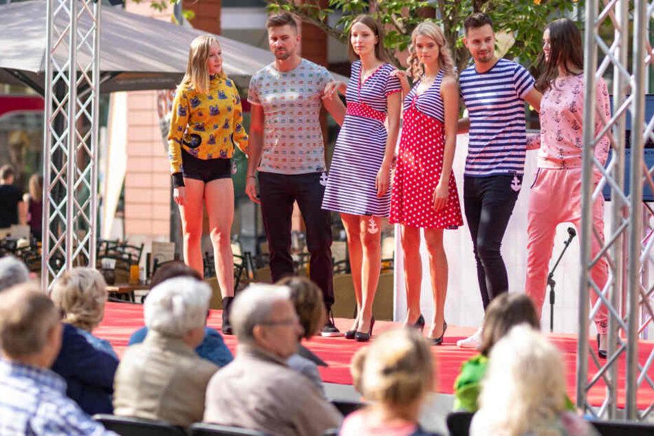 Die Chemnitzer Modenächte starteten gestern bei gutem Wetter in der Innenstadt.