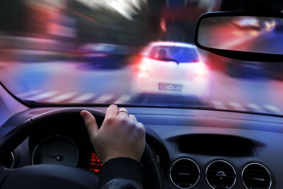 Vernunft vor Spaß? Autofahrer sollen künftig langsamer von A nach B kommen (Symbolbild).