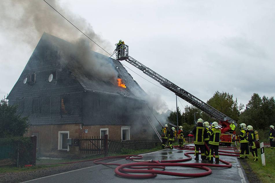 Das Haus ist nach dem Brand nicht mehr bewohnbar.