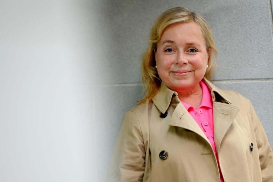 Kleinwüchsige Pathologin des Münster Tatorts feiert ihren 50.
