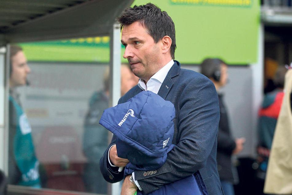 Schalkes Manager Christian Heidel weiß: Geht das mit Domenico Tedesco schief, wird es auch für ihn eng.