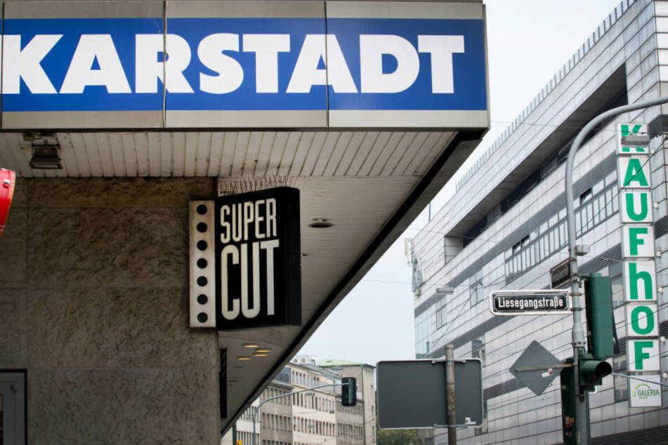 Zusammenschluss: Karstadt und Kaufhof fusionieren zum Handelsriesen