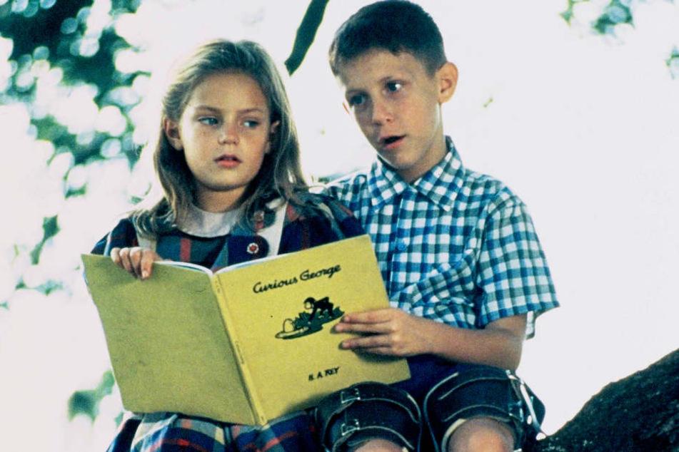 """Als Kind war Hanna Hall (""""Jenny"""") verdammt süß - heute, 22 Jahre später, ist sie echt heiß."""