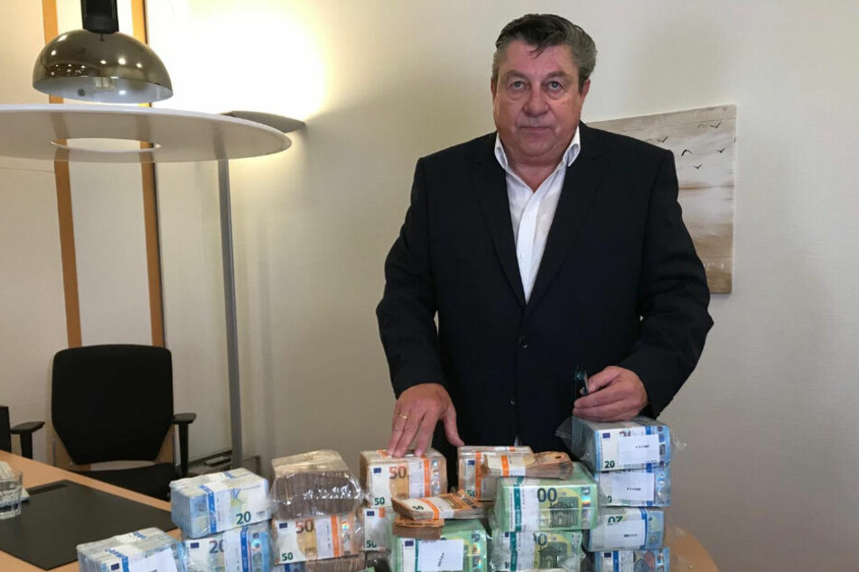 Privatermittler Josef resch (70) bietet 1,3 Millionen für die Rückkehr der Beute ins Grüne Gewölbe.