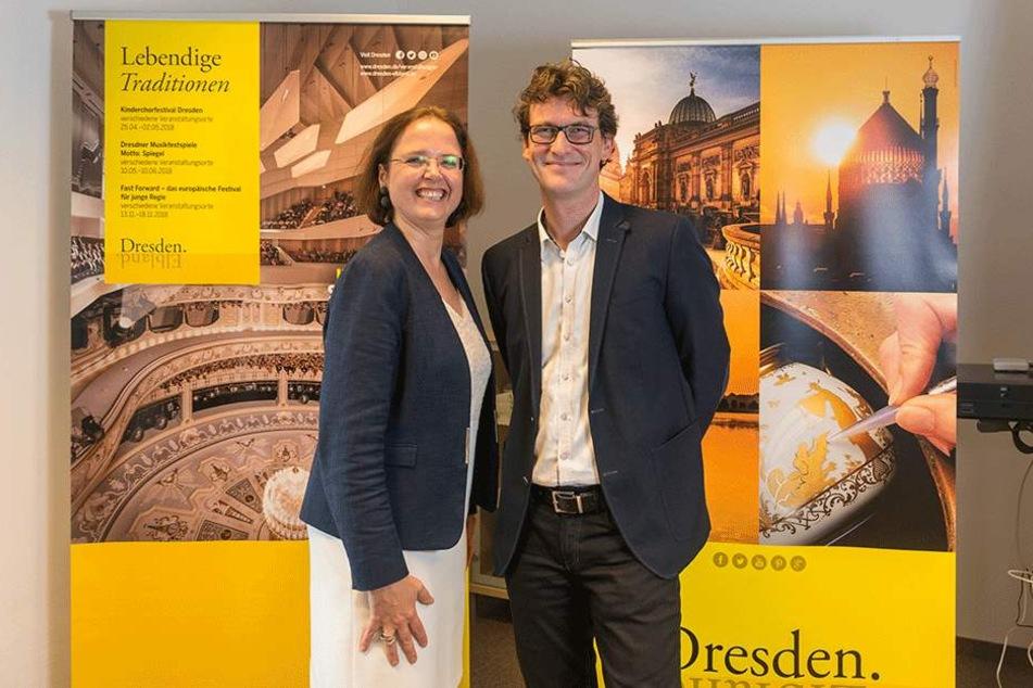 Tourismusmarketing-Chefin Bettina Bunge (49) mit ihrem Interimsnachfolger Kai  Schulz (43).