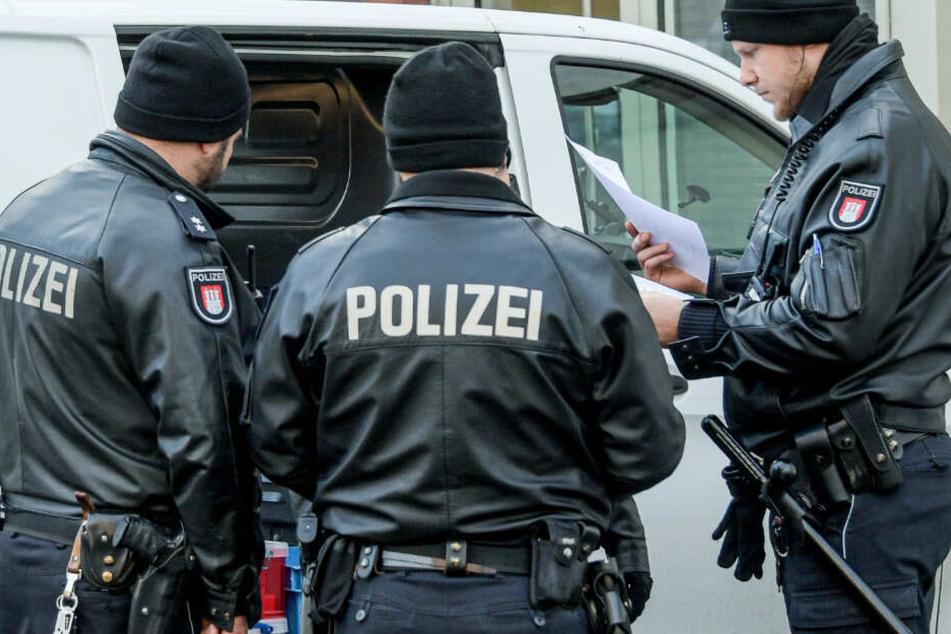Groß-Razzia wegen Vorbereitung einer schweren staatsgefährdenden Gewalttat!