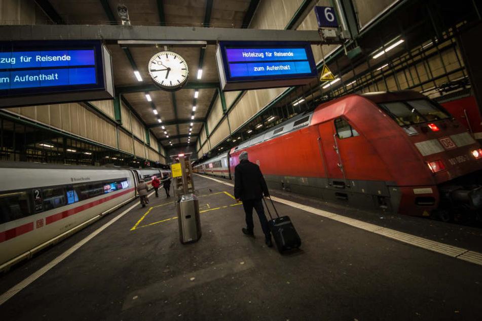 Nach Friederike fahren die Züge am Stuttgarter Bahnhof wieder an.