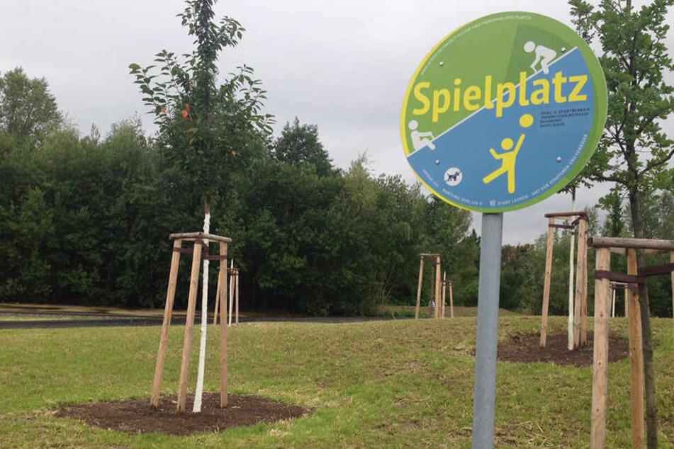 Seit Freitag geöffnet: Der neue Spielplatz am Grünen Bogen in Leipzig-Paunsdorf.