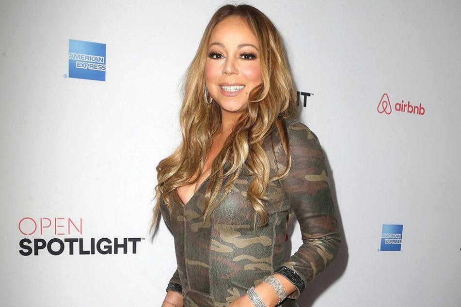 Wer braucht Photoshop, wenn man so aussieht?! Mariah Carey offensichtlich schon.