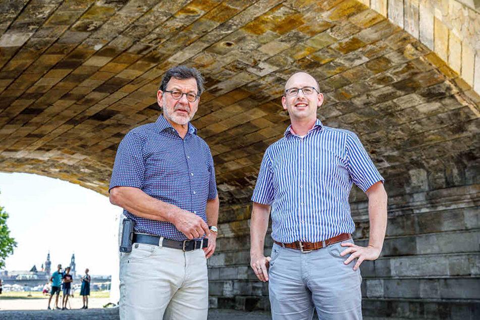 Straßenbauamts-Chef Reinhard Koettnitz (63, li.) bestand auf ein gründlicheres Planungsverfahren als für solche Projekte eigentlich üblich.