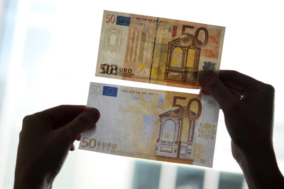 Es wurden 589 gefälschte Banknoten entdeckt. Die Kriminellen hätten es am häufigsten auf 50-Euro-Scheine abgesehen.