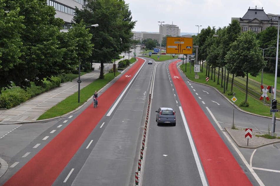 Der ADFC forderte einst zwei Radspuren auf der Albertstraße (F.). Für 400000 Euro will die Stadt zumindest eine Spur bauen. Das Geld möchten CDU, FDP und Bürger lieber sparen.