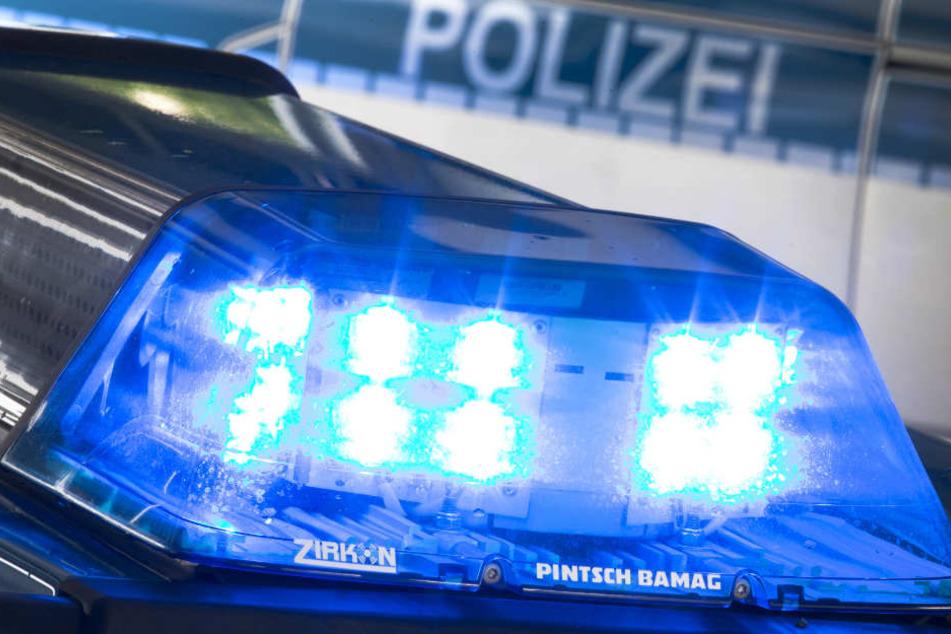 Ein Alkoholtest am Tatort ergab bei der Frau einen Wert von 3,7 Promille. (Symbolbild).